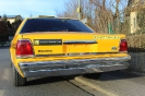 US Taxi Yellow Cab Ford Crown Victoria _3